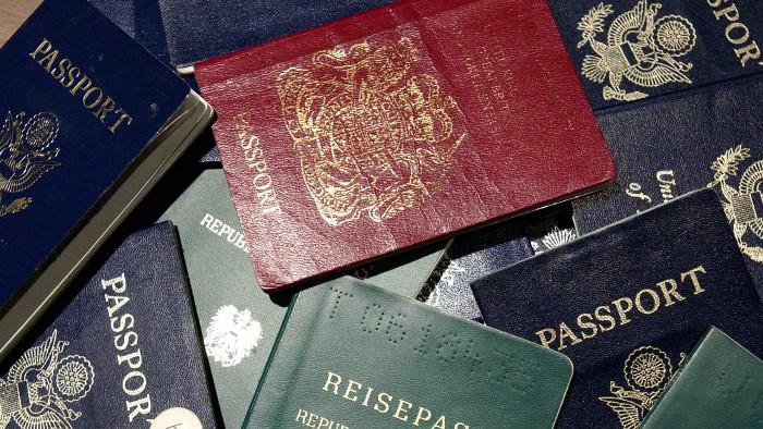 Risultati immagini per diritto immigrazione